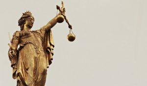Eric Albou huissier de justice : Comment régler une affaire à l'amiable?